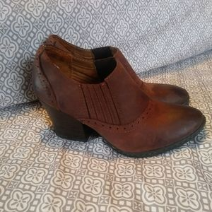 B.O.C. Born On Contact Brown Booties Leather 7.5